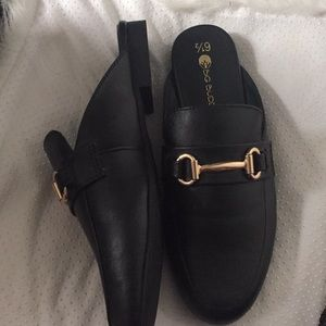 Shoes - Gold Chain Loafers Slips